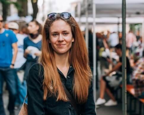 Mgr. Barbora Bírová, poradkyně pro ukončování bezdomovectví