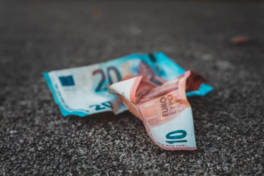 Euro - bankovky, Sara Kurfess
